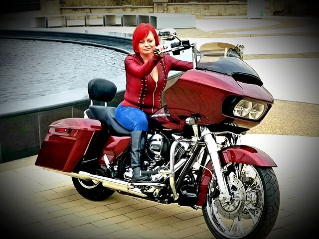 2015 Roadglide Mysterious red sunglo 21 Rc front wheel owners Bear & Denise cooper