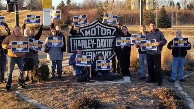 Harley Davidson workers strike
